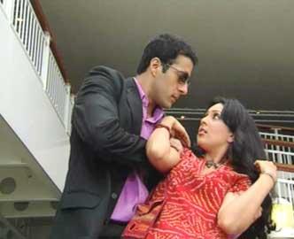 Sampada Vaze - Bollywood Bindass